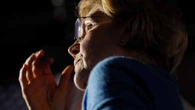 Photo of Democrat Warren reassessing path forward after disappointing 'Super Tuesday,' campaign aide says