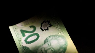 Photo of As pandemic roils Canada, companies tap bond market by most in a decade