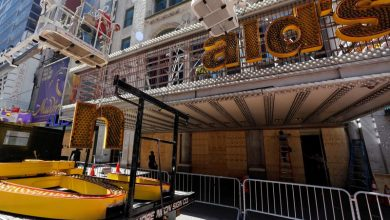 Photo of McDonald's shutters iconic Times Square location forever