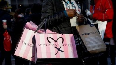 Photo of Hanes Soars as Comfort Apparel Wins While Victoria's Secret Peters Out