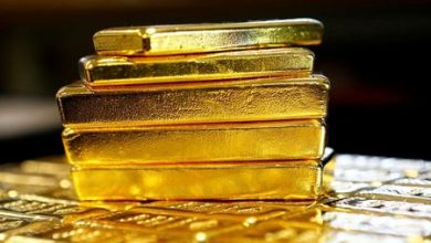 Photo of Gold Rally Enters Third Day on Stimulus Chase as Dollar Wilts