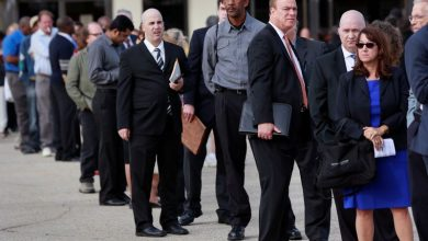 Photo of U.S. weekly jobless claims push lower; many exhausting their benefits