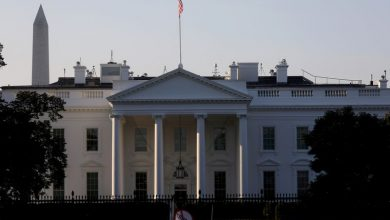 Photo of White House says COVID-19 aid deal seen 'in coming weeks'