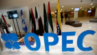 Photo of Gulf OPEC, Iraq question whether to keep deep oil cuts into 2021: sources