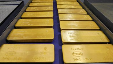 Photo of Gold Up, Boosted By U.S. Jitters and Weak Dollar