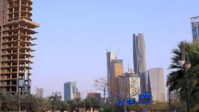 Photo of Saudi Arabia Sees 2021 Deficit Narrowing to 5.1% of GDP
