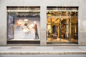 Photo of De Beers & Gucci join fight with Sunak over tourists VAT switch