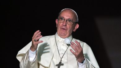 Photo of After property scandal, Pope tightens money controls