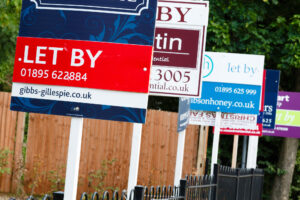 Photo of 840,000 private tenants in England and Wales could be behind on rent