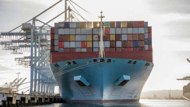 Photo of Busiest US seaport, buried in imports, plucks out toys to load Santa's sleigh
