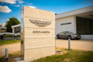 Photo of Aston Martin hits reverse as lock down restrictions cause £320m loss as sales collapse